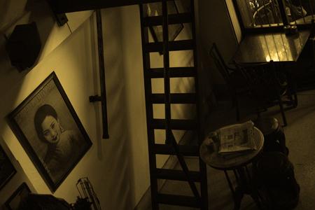 Ricky's Cafe, Banglamphu, Bangkok. Seth Rosenblatt (c) 2005