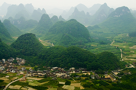 Looking south from Moon Hill, near Yangshuo, China. Seth Rosenblatt (c) 2006